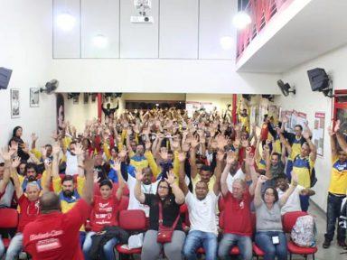 Trabalhadores dos Correios rejeitam em assembleias reajuste abaixo da inflação
