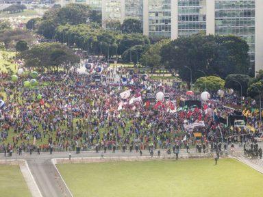 Centrais convocam 'Dia do Basta' contra o desemprego, corte de direitos e privatização