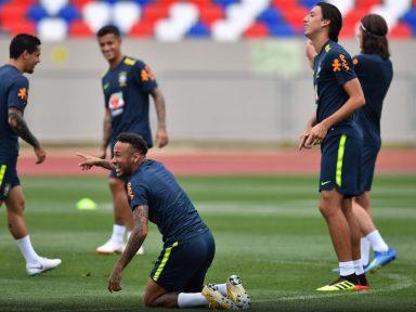 Confiante, seleção treina completa para embate contra a Bélgica