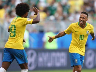 Brasil se agiganta, derrota o México e está nas quartas