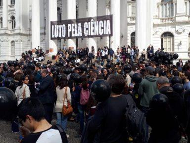 Ciência brasileira está em risco, alerta CNPq