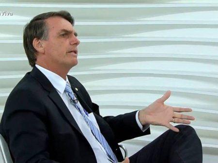 Só faltou Bolsonaro exigir indenização a favor dos portugueses