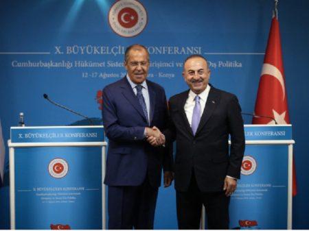 """""""Sanções dos EUA contra Turquia são ilegais"""", denuncia Lavrov"""