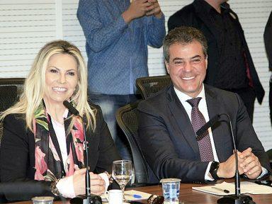 Procuradoria pede condenação de Richa e Borgueti