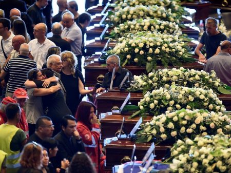 Itália se despede das vítimas da tragédia de Gênova