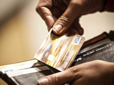 Cartões no Brasil têm os juros mais altos do mundo