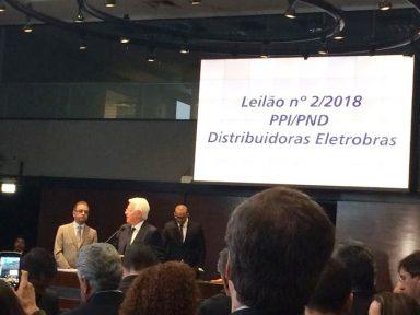 Temer quer dar mais 4 distribuidoras da Eletrobrás