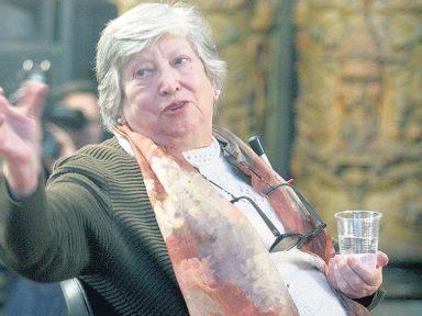 Fundadora das 'Avós da Praça de Maio' morre aos 94 anos