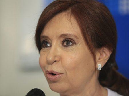 Cristina Kirchner nega ilícitos e exige de promotores auditoria geral nas obras do seu governo