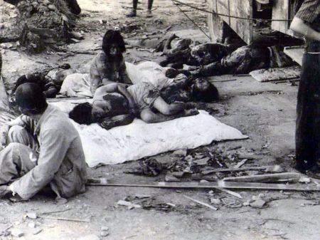 Hiroshima rende tributo a mortos pela bomba atômica dos EUA