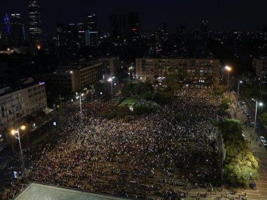 Tel Aviv: árabes e judeus se unem em manifestação contra lei do apartheid