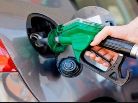 Maduro informa que gasolina sofrerá aumento de 6.085%