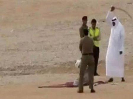 Arábia Saudita corta a cabeça e ainda crucifica o acusado