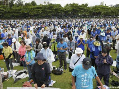 Japão: multidão exige retirada da base militar dos EUA em Okinawa