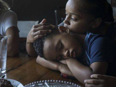 Sequestro por 50 dias sob Trump deixa  menino brasileiro de 5 anos traumatizado