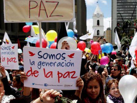 Colômbia: Duque assume Presidência em meio a 70 atos em defesa do acordo com as FARC