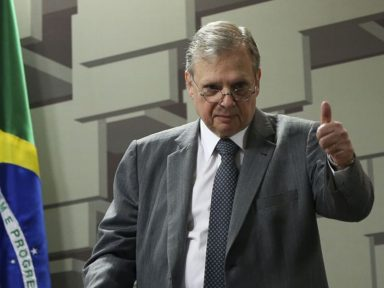Jereissati se fortalece na disputa pela presidência do Senado