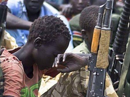 Arábia saudita usa crianças na guerra de agressão ao Iêmen