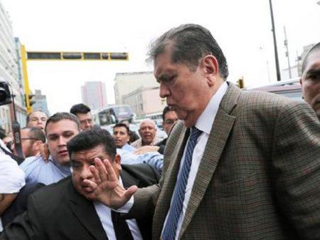 Uruguai nega asilo político ao ex-presidente do Peru, Alan Garcia