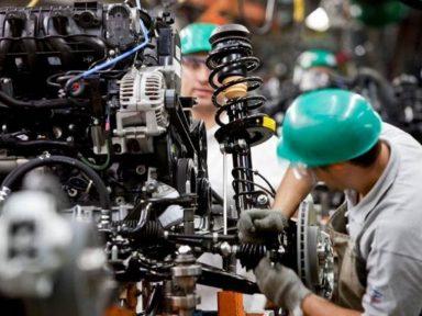 Produção industrial do país varia 0,2%