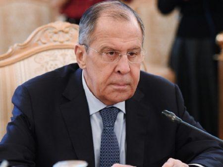 """Lavrov condena """"ilegalidade dos EUA"""" na prisão da diretora da Huawei"""