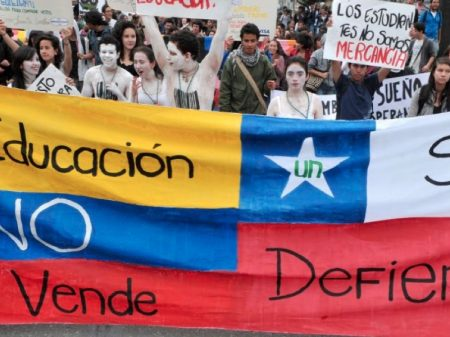 Colômbia: estudantes marcham por recursos para universidade pública