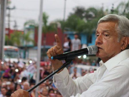 Obrador anuncia plano de ação para barrar roubo de combustível na Pemex