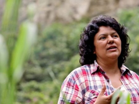 Justiça de Honduras condena assassinos da líder ambientalista Berta Cáceres