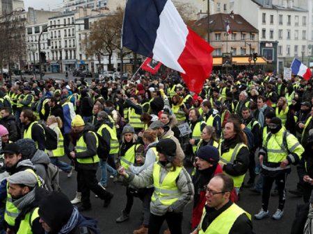 Coletes Amarelos tomam as ruas de Paris e Marselha na 11ª semana de protestos