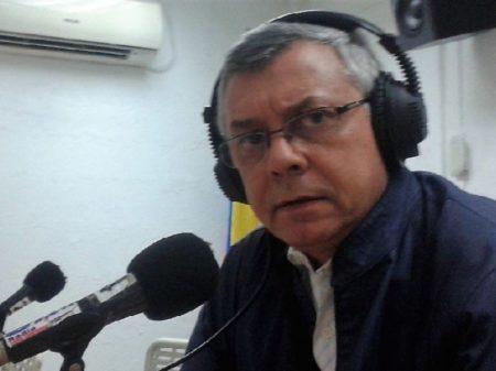 """""""Apenas ao povo venezuelano cabe decidir seu destino"""", diz Gonzalo Gomez, do portal Aporrea"""