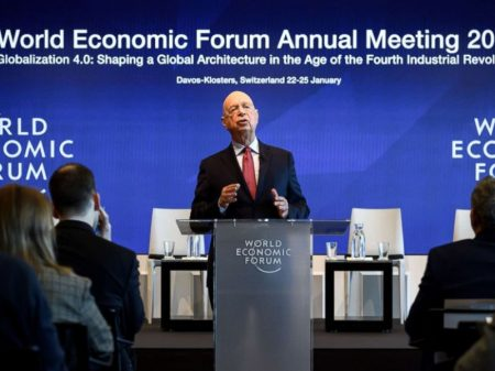 """Davos: """"incertezas, fragilidades e controvérsias sem precedentes"""""""