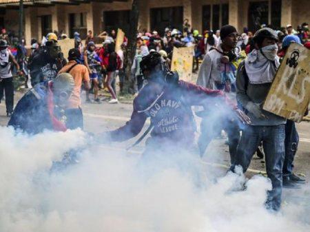 Marea Socialista: Nem Maduro, nem Guaidó, nem intervenção externa; por eleições gerais