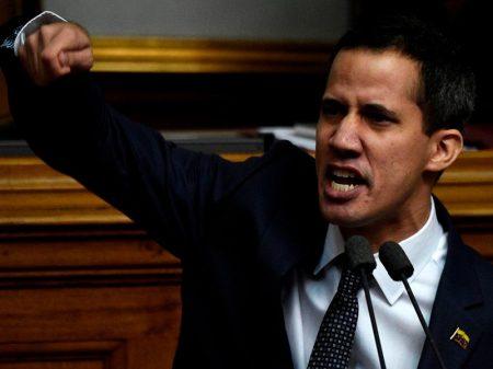 Made in USA: líder da Assembleia Nacional se arvora presidente da Venezuela