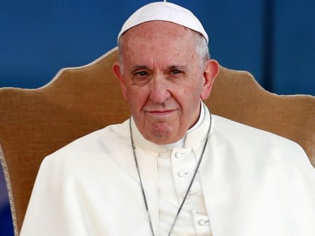Papa condena muro de Trump, desigualdade e violência contra mulheres