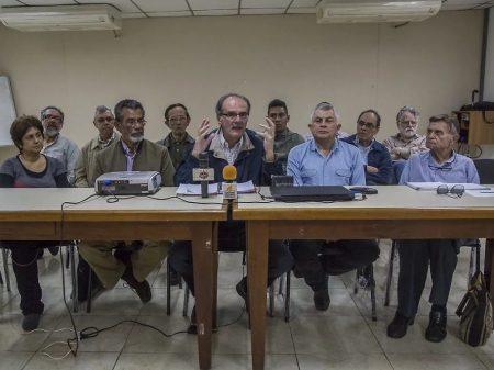 Chavistas unidos a setores da oposição/MUD exigem diálogo já e eleições gerais