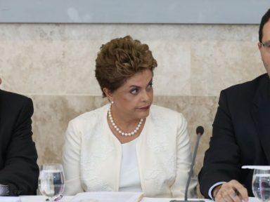 Dilma envia proposta ao Congresso de aumentar a DRU para 30%