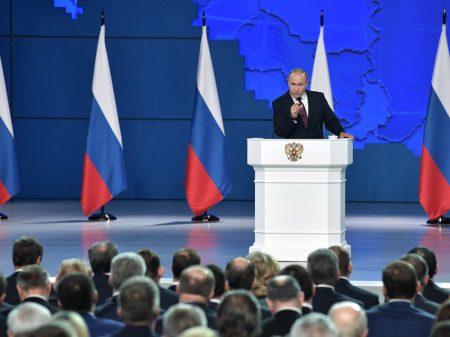 """Putin: """"se EUA nos ameaçar com mísseis na Europa, nossa resposta será recíproca"""""""