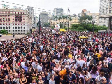 Servidores de SP mantêm greve contra reforma da Previdência municipal