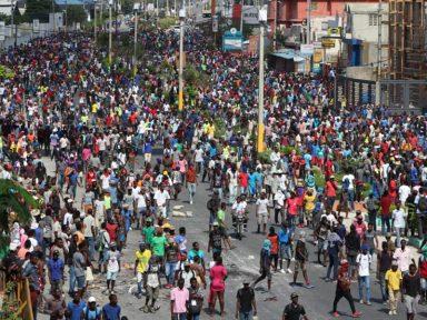 Haitianos nas ruas há 12 dias exigem a renúncia do presidente Moise