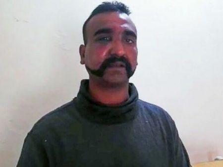Em 'gesto pela paz', Paquistão anuncia libertação do piloto indiano