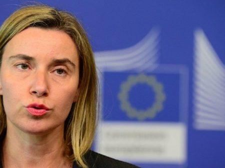 """UE: """"Solução para crise venezuelana não deve ser imposta desde o exterior"""""""