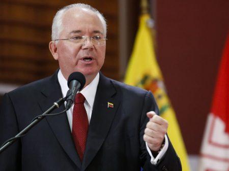 """""""Guerra elétrica imperial"""" é patranha de Maduro"""