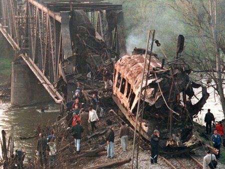 EUA/Otan violou a Carta da ONU ao bombardear alvos civis na Iugoslávia