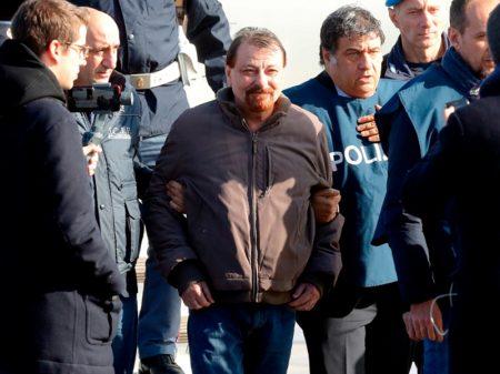 Cesare Battisti confessa afinal os quatro assassinatos