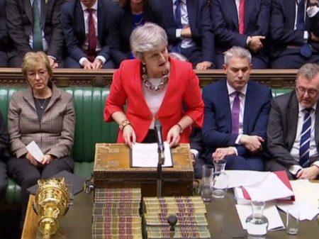 Parlamento britânico rejeita pela segunda vez Acordo Brexit de May