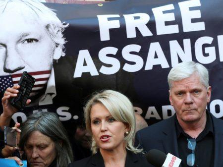 Prisão política de Assange a mando dos EUA causa repúdio em todo o mundo