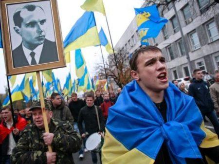 O atoleiro em que o fascismo mergulhou a Ucrânia