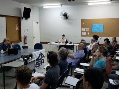 Centro Acadêmico Stuart Angel debate privatização da Eletrobras
