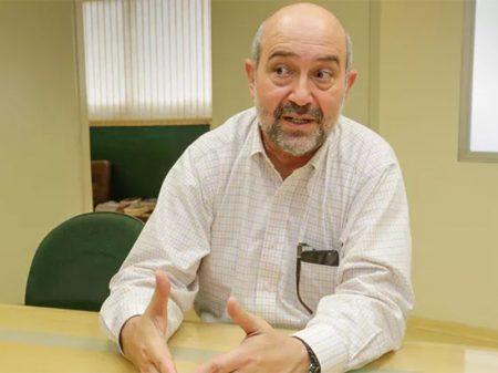 Bolsas de pesquisadores estão em risco após corte no orçamento, diz CNPq