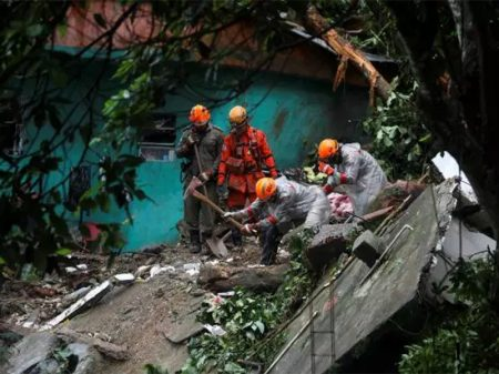 Crivella decretou calamidade três dias depois das chuvas no Rio